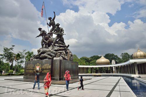 クアラルンプール半日観光 国家記念碑