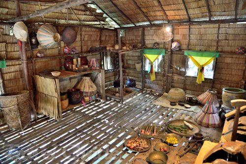 バジャウ族の家の内部 キッチン