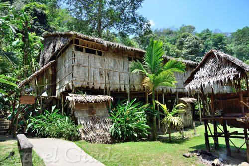 ムル族の家