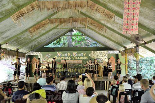 マリマリ文化村 民族舞踊ショー